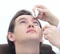 การใช้ยาหยอดตา