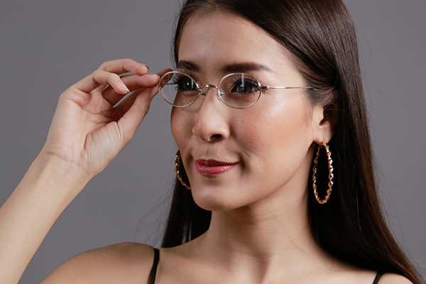 โปรโมชั่นกรอบแว่น MASUNAGA พร้อมเลนส์แว่นตาโปรเกรสซีฟ ISOPTIK New Multi Pro 1.6