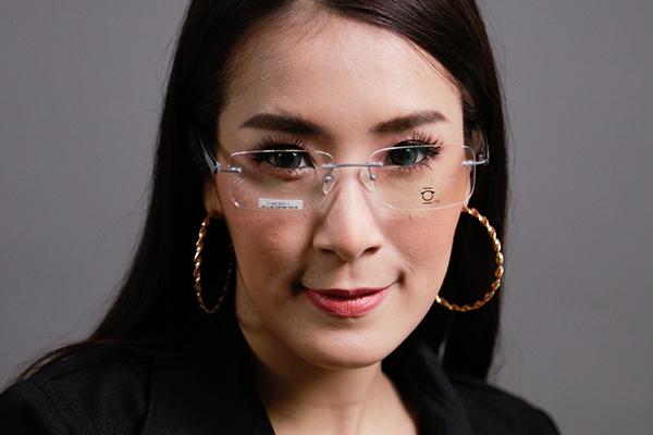 โปรโมชั่นกรอบแว่น VISAGE พร้อมเลนส์แว่นตาโปรเกรสซีฟ ISOPTIK New Multi Pro 1.6